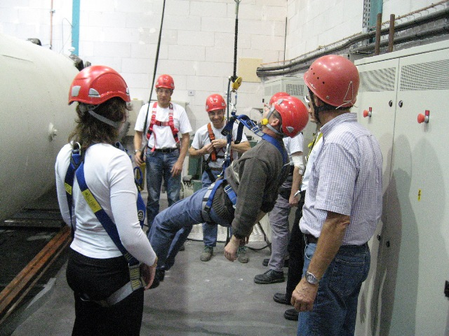 Accueil s curit en hauteur audit et formation - Formation travail en hauteur port du harnais ...